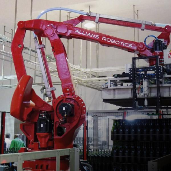 ALLIANS ROBOTICS - DÉPALETTISEUR DE BOUTEILLES VIDES